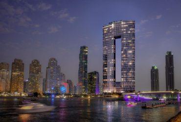 Новий розкішний готель у Дубаї, Address Beach Resort 5*